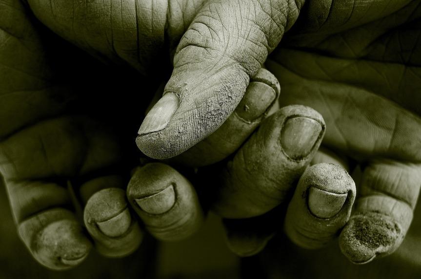 hands-.jpg