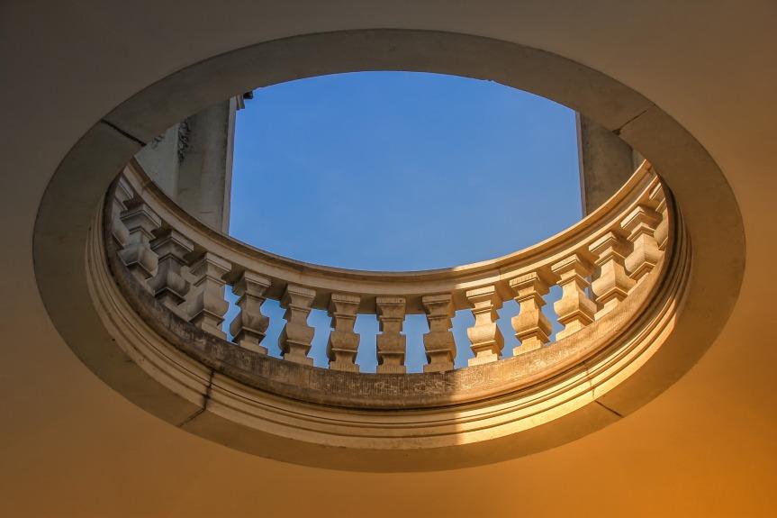 architecture-3417022_1920.jpg